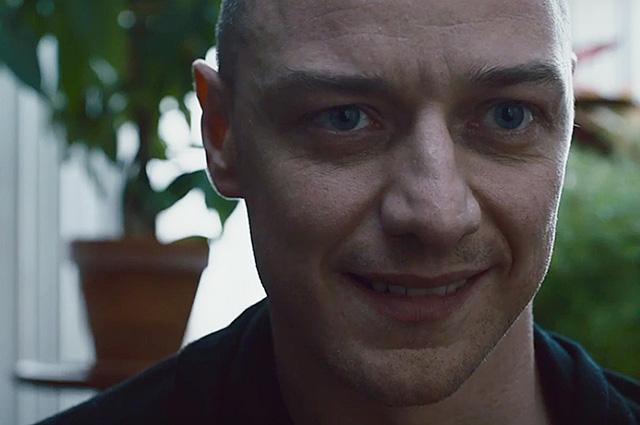 """Маньяк со множеством личностей: Джеймс МакЭвой в трейлере фильма """"Сплит"""""""