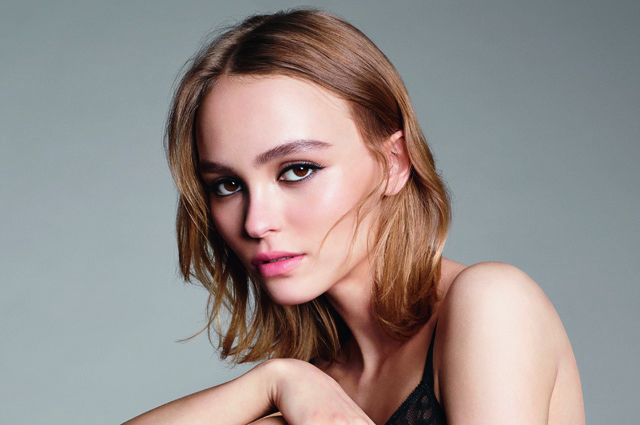 Лили-Роуз Депп стала лицом аромата Chanel No. 5