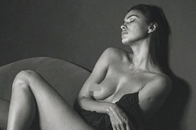 Обнаженная Ирина Шейк в объективе Марио Тестино: свежий кадр из итальянского глянца