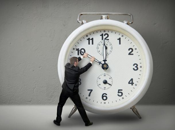 127677366_vremya Почему с возрастом кажется, что время пролетает быстрее?