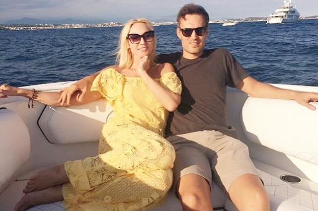 Завершение летних каникул: последние фотозаметки Кристины Орбакайте с семейного отдыха во Франции