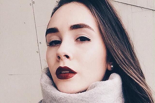"""Косметичка бьюти-редактора журнала """"Красота и здоровье"""": что выбирает Алина Дуэль"""