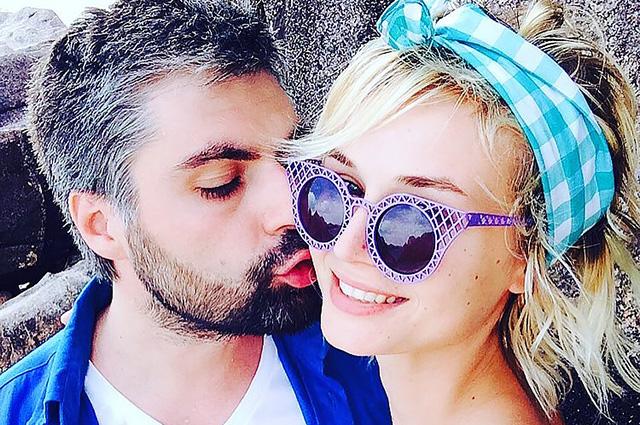Полина Гагарина и Дмитрий Исхаков отметили бумажную свадьбу