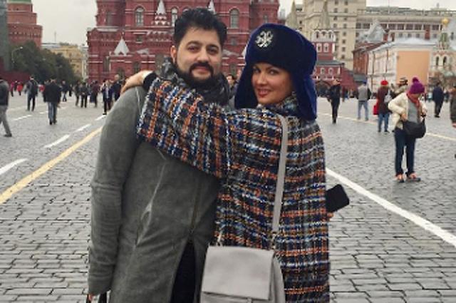 Руссо туристо: Анна Нетребко и Юсиф Эйвазов прогулялись по центру Москвы