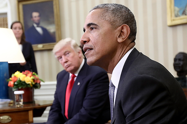 В Белом доме опровергли информацию о том, что Мишель и Барак Обама отказались от фото с Меланией и Дональдом Трампами