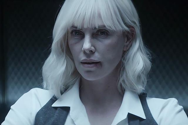 """Боевая Шарлиз Терон в трейлере шпионского экшен-триллера """"Взрывная блондинка"""""""