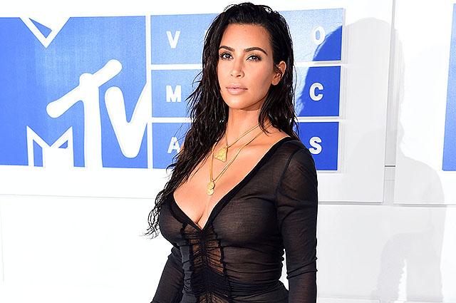 Ким Кардашьян объявила о сотрудничестве с косметическим брендом
