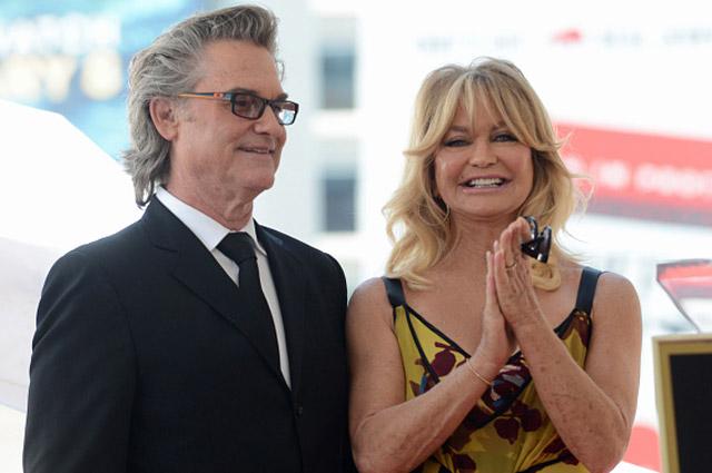 Курт Рассел и Голди Хоун удостоились звезд на Аллее славы в Голливуде: нежные чувства актеров и шутки Кейт Хадсон