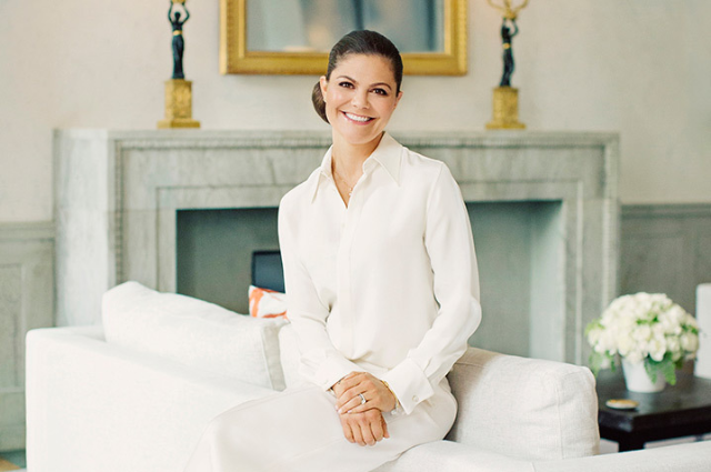 Королевский дворец Швеции опубликовал новые фото принцессы Виктории в преддверии ее 40-летия