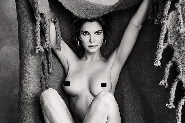 49-летняя Стефани Сеймур полностью обнажилась для съемки в глянцевом журнале