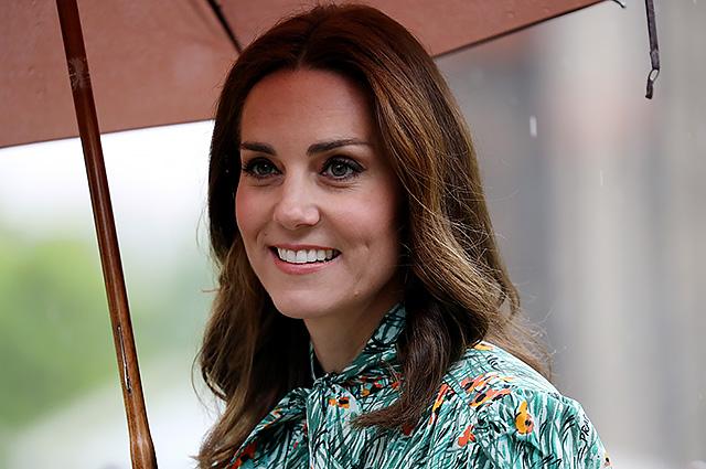 Инсайдеры: Кейт Миддлтон задумалась о домашних родах и хочет рожать третьего ребенка в Кенсингтонском дворце