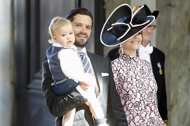 Принц Карл Филипп и принцесса София опубликовали первое фото новорожденного сына