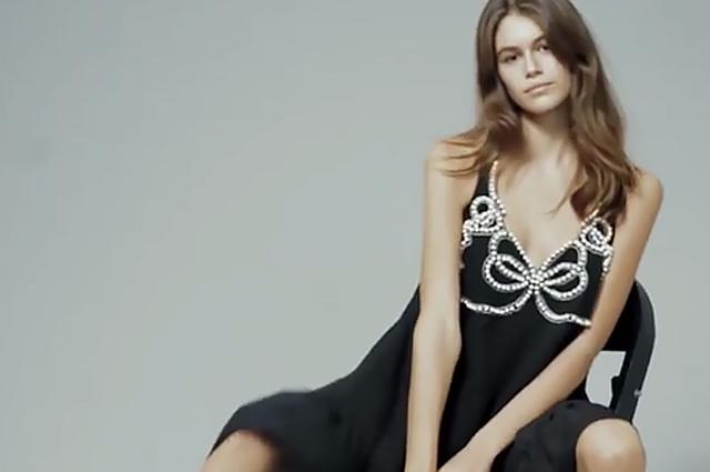 Кайя Гербер снялась в рекламной кампании Fendi