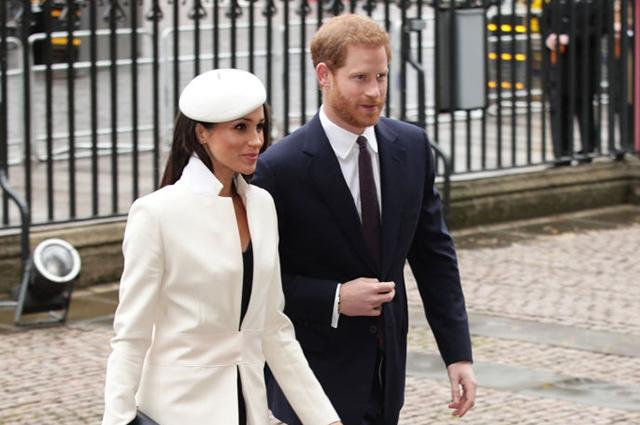 Новый выход британских монархов: Меган Маркл и королева Елизавета II впервые вместе появились на публике