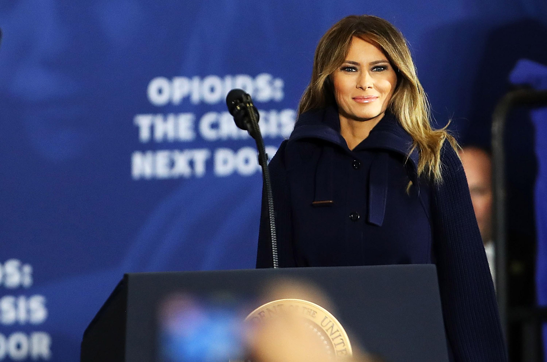 Мелания Трамп вернулась к обязанностям первой леди США