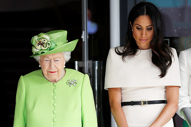 Отец Меган Маркл публично осудил королеву Елизавету II за ее намерение встретиться с Дональдом Трампом