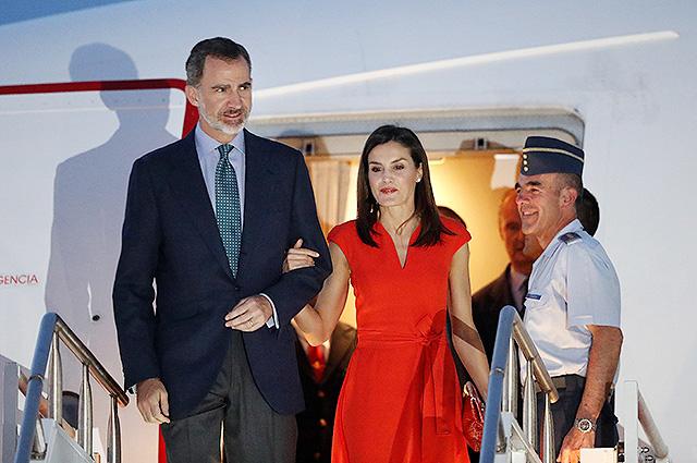 Визит испанских монархов в США: два ярких образа королевы Летиции в Новом Орлеане