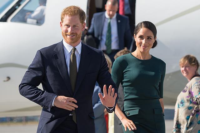 Стало известно, что принц Гарри и Меган Маркл летают экономклассом