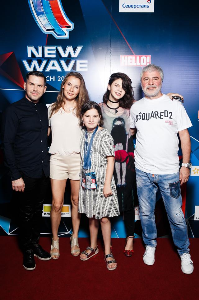 Интарс Бусулис и Сосо Павлиашвили с семьей