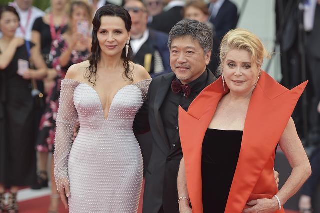 Венецианский кинофестиваль — 2019: Жюльет Бинош, Катрин Денев, Китти Спенсер и другие звезды на церемонии открытия