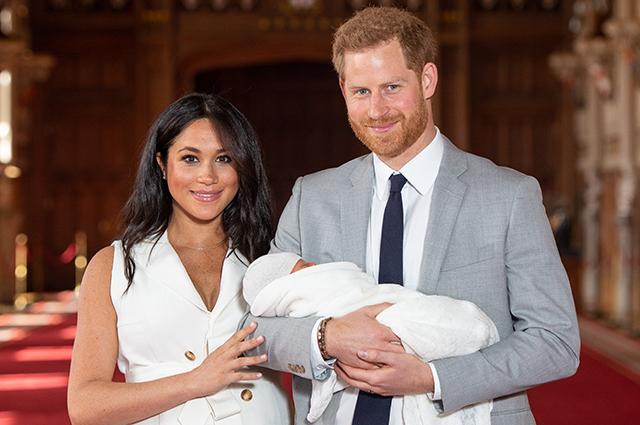 Меган Маркл и принц Гарри раскрыли название своей благотворительной организации. Они назвали ее в честь сына