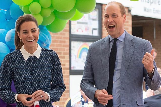 Кейт Миддлтон и принц Уильям опубликовали новые семейные фото с детьми