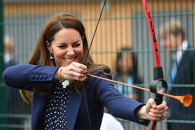 Стрельба из лука, теннис и садоводство: новый выход Кейт Миддлтон и принца Уильяма