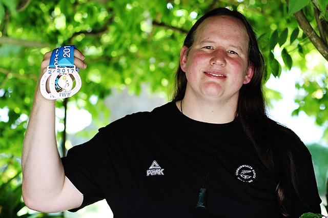 Тяжелоатлетка Лорел Хаббард станет первой трансгендерной участницей Олимпиады: что мы о ней знаем