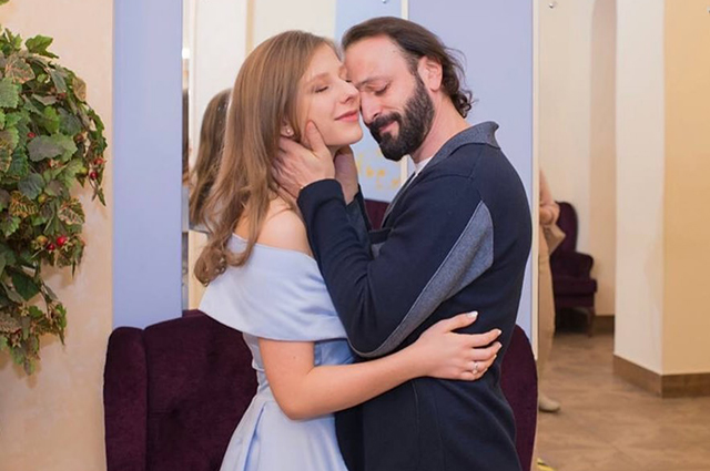 """Лиза Арзамасова рассказала о начале романа с Ильей Авербухом: """"Совпадение двух людей в пространстве, времени и порывах"""""""