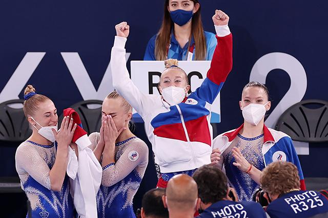 Историческая победа: российские гимнастки впервые выиграли золото в командном многоборье на Олимпиаде
