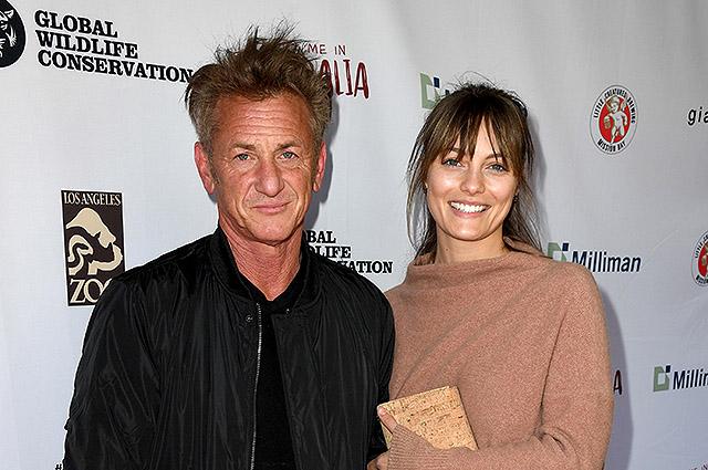 Через год после свадьбы молодая жена Шона Пенна подала документы на развод с актером